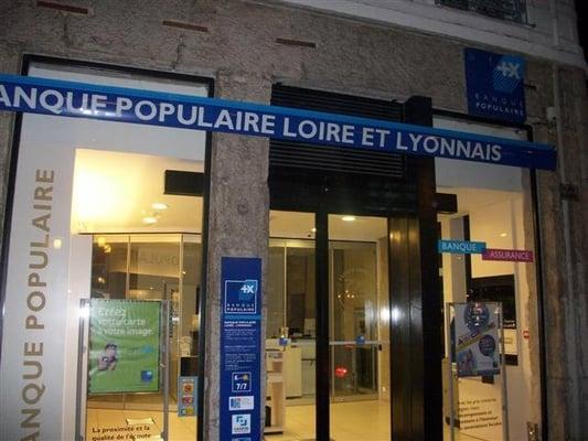 banque populaire loire et lyonnais banks credit unions foch lyon france yelp. Black Bedroom Furniture Sets. Home Design Ideas