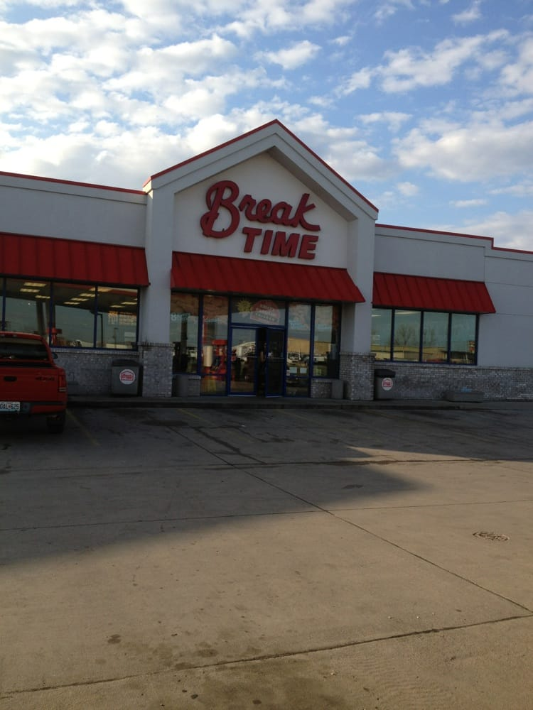 Break Time: 2823 E Malone Ave, Sikeston, MO