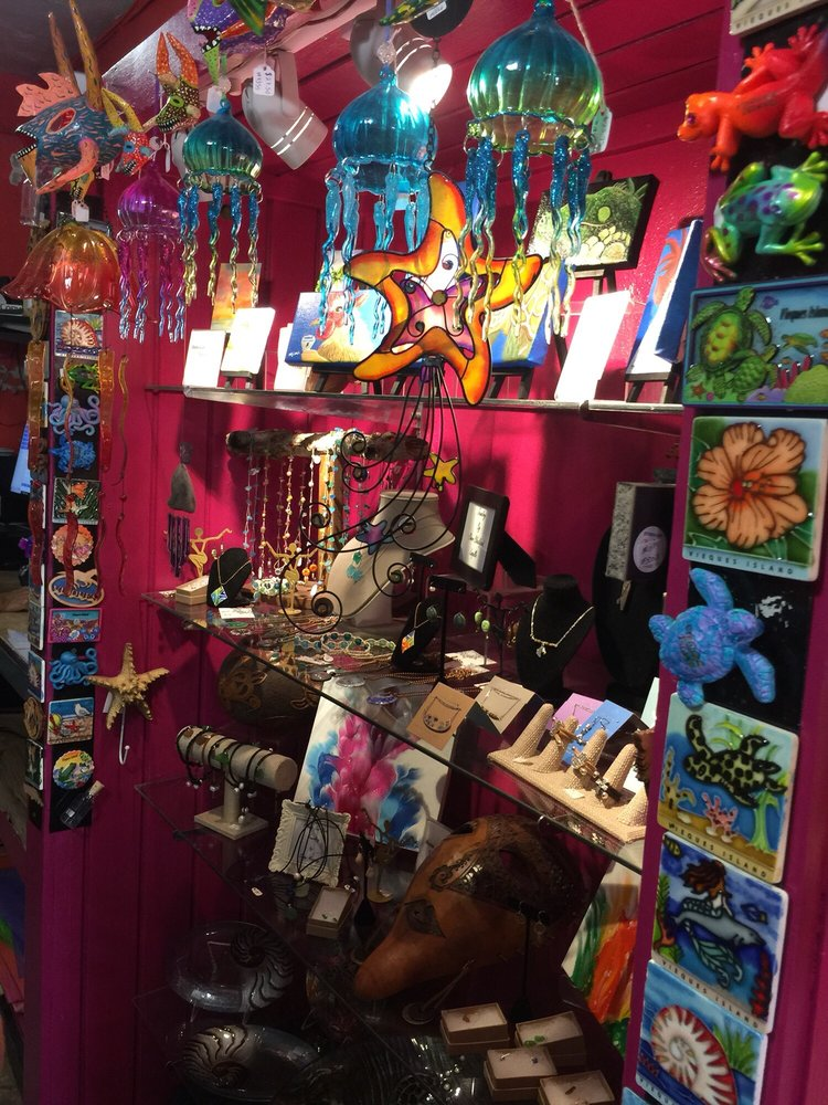 Vieques Gifts: Calle Flamboyan 134, Vieques, PR
