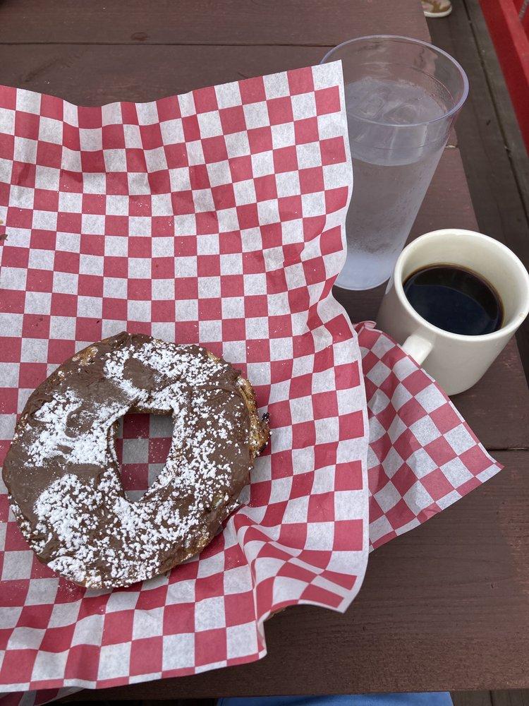 Schatzie's Cafe: 8988 N Main St, Helen, GA