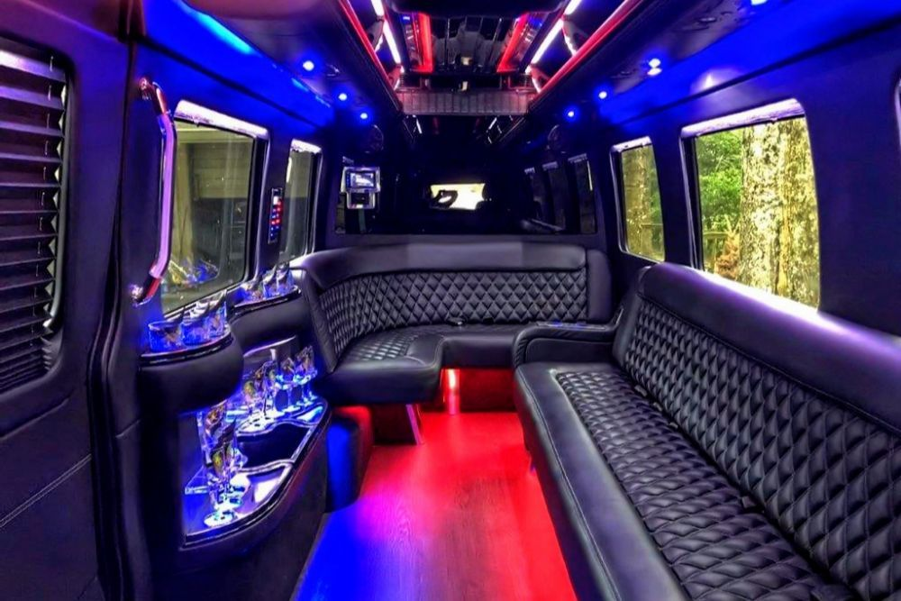 Luxe Limousines