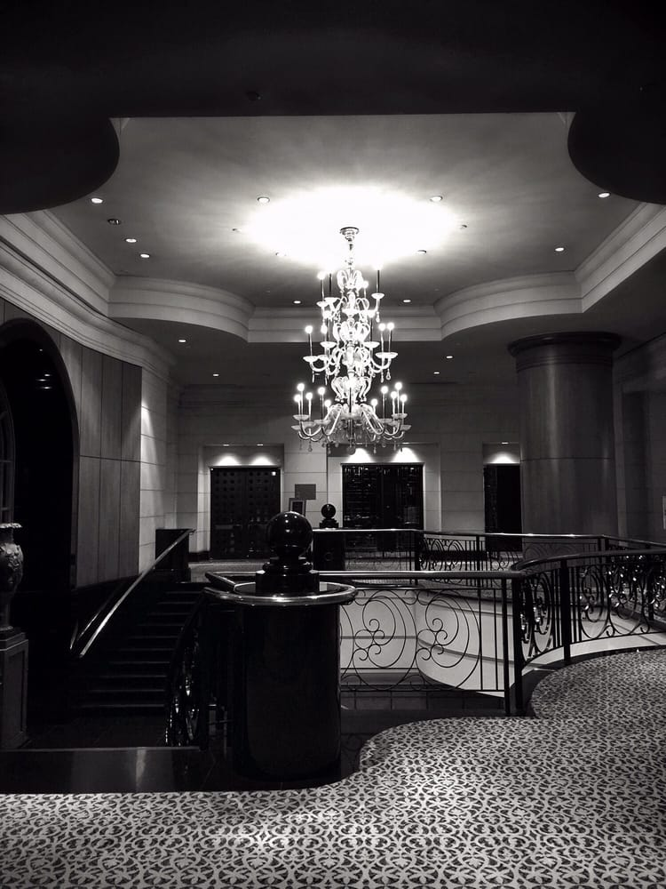 Four Seasons Hotel - Singapore