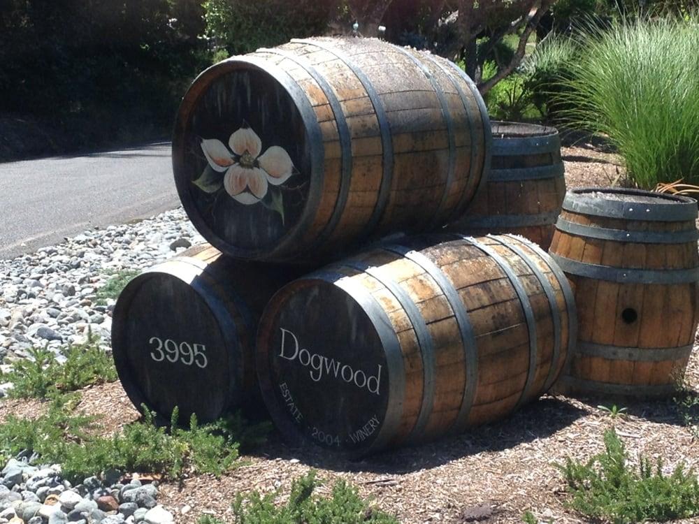 Dogwood Estate Winery: 3995 Campbl Ridge Rd, Salyer, CA