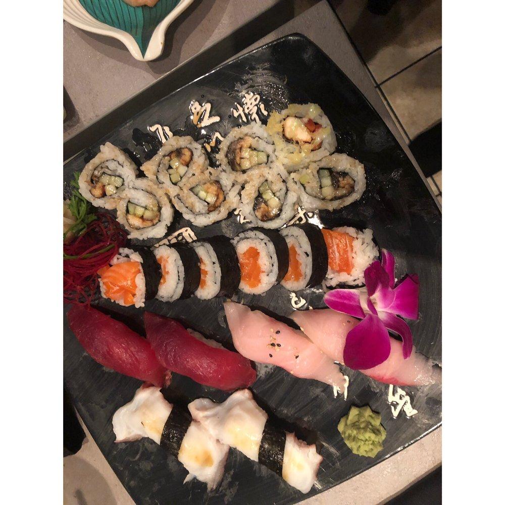 Ahi Asian Bistro: 14841 N Dale Mabry Hwy, Tampa, FL