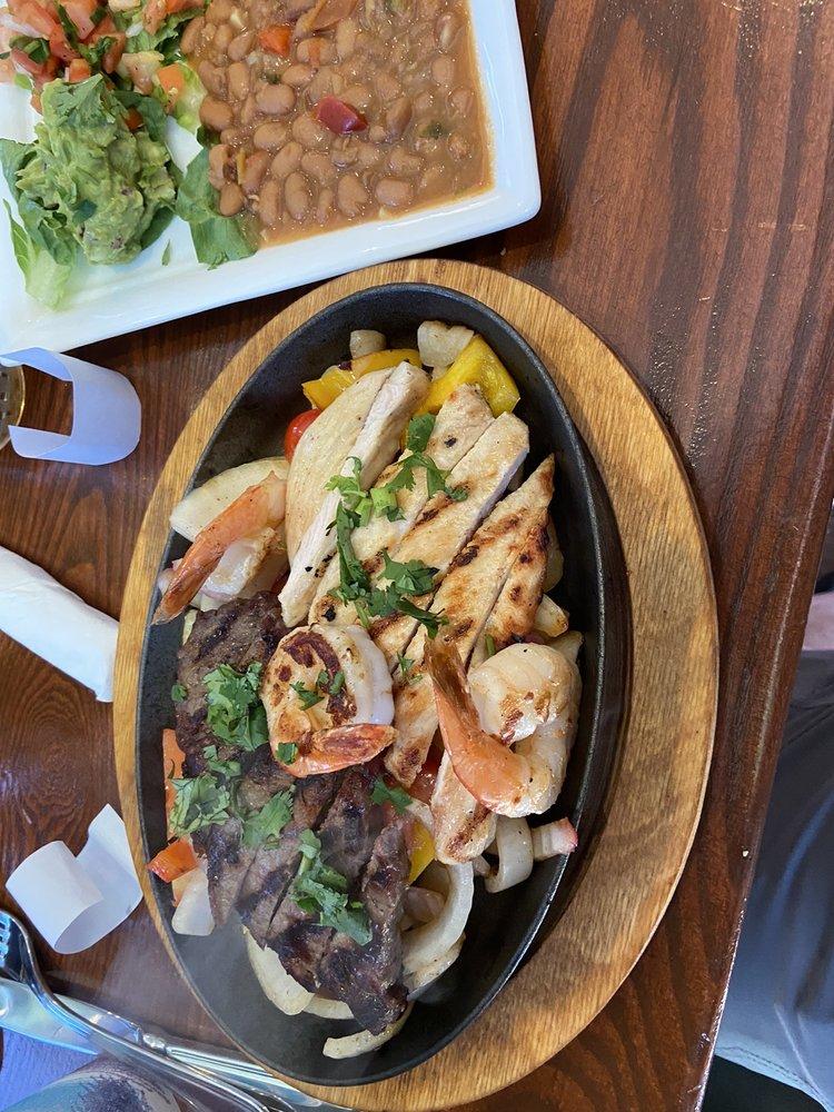 Naty's Mexican Bar & Grill: 8170 Silverbrook Rd, Lorton, VA