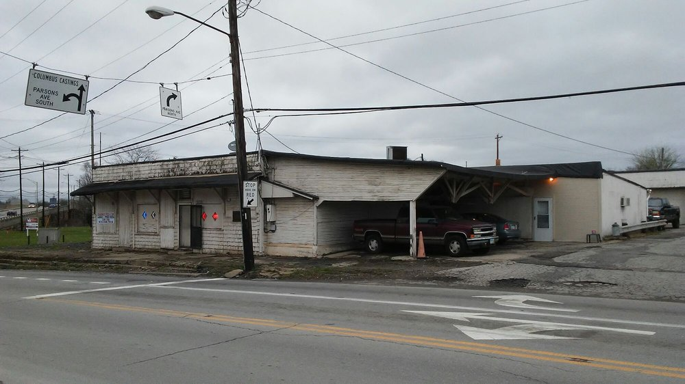 Babbert's Club of Columbus: 2114 Groveport Rd, Columbus, OH