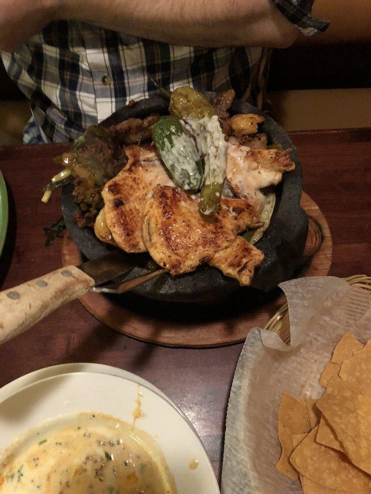 El Jimador Mexican Restaurant: 171 Daniel Webster Hwy, Belmont, NH