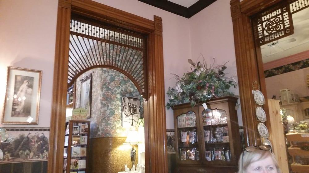 Eckhart House: 810 Main St, Wheeling, WV