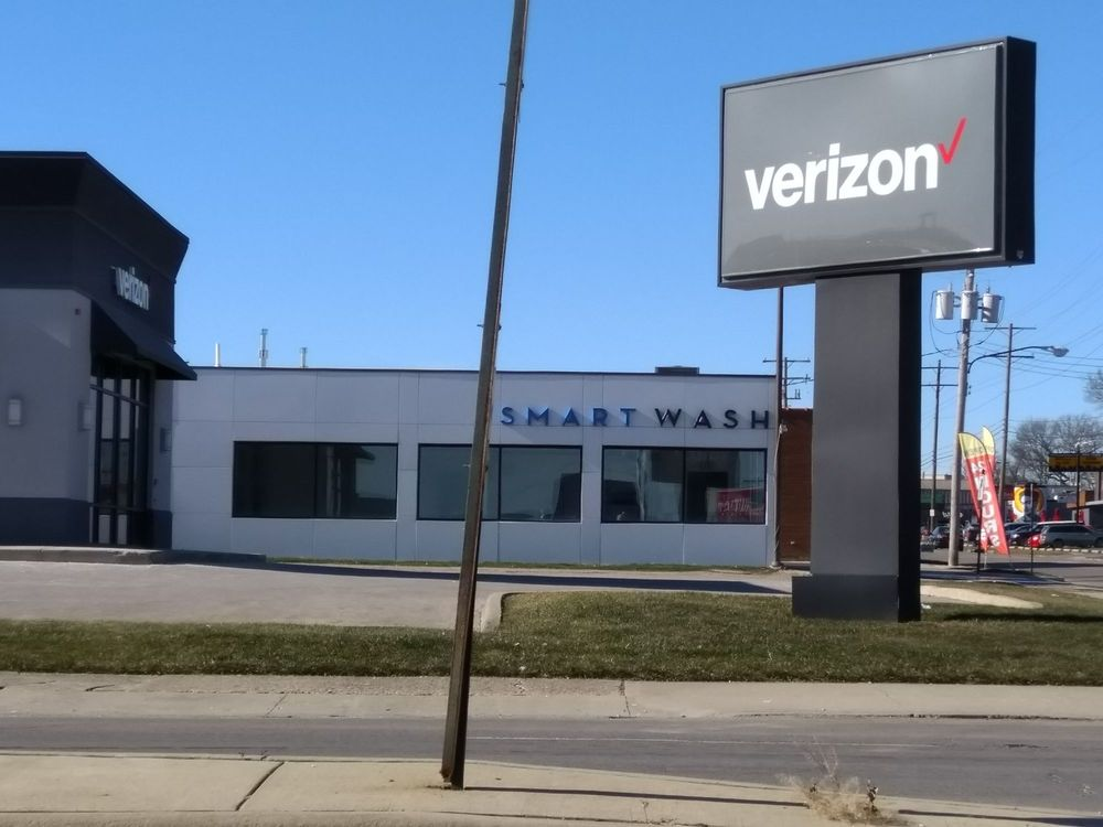 SmartWash: 1319 W 5th Ave, Columbus, OH