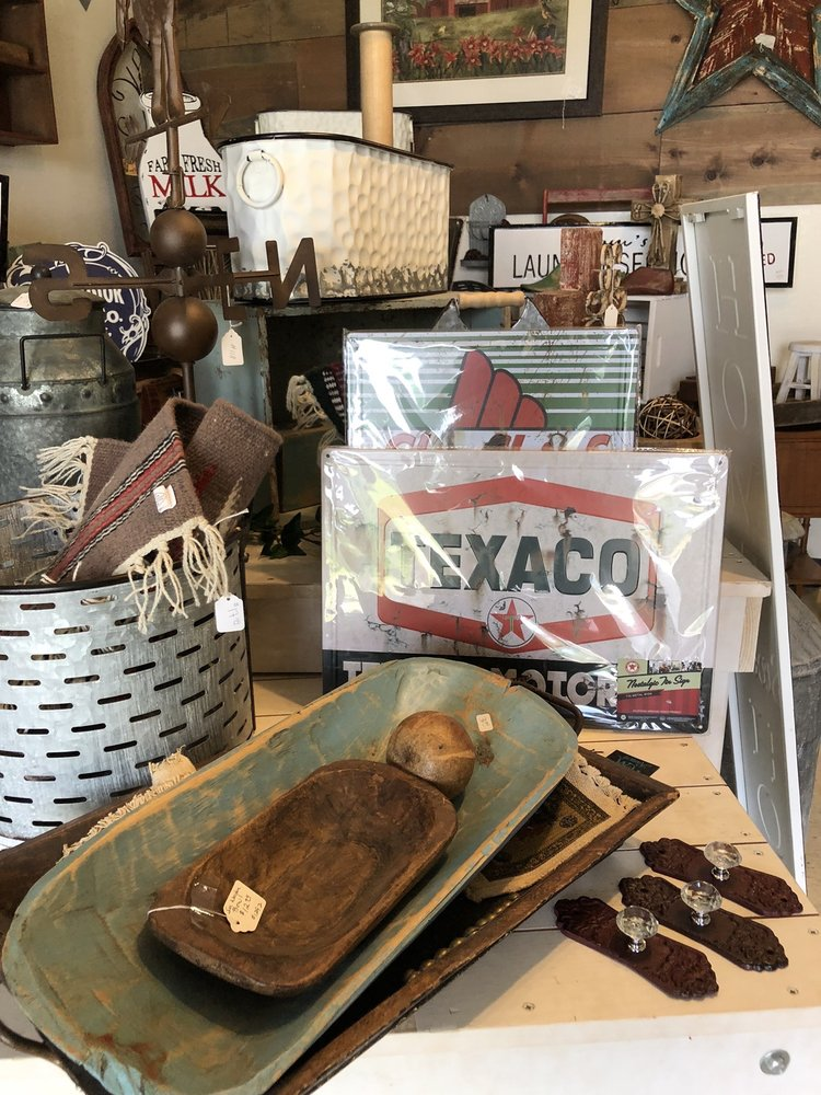 Fiddlesticks Gifts and Collectibles: 9703 Co Rd 8890, West Plains, MO
