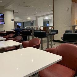Delta Sky Club - 33 Photos & 55 Reviews - Airport Lounges - 3200 E