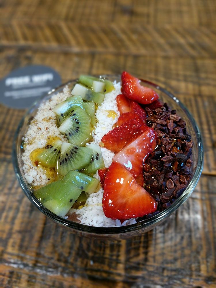 Southern Pressed Juicery: 2 W Washington St, Greenville, SC