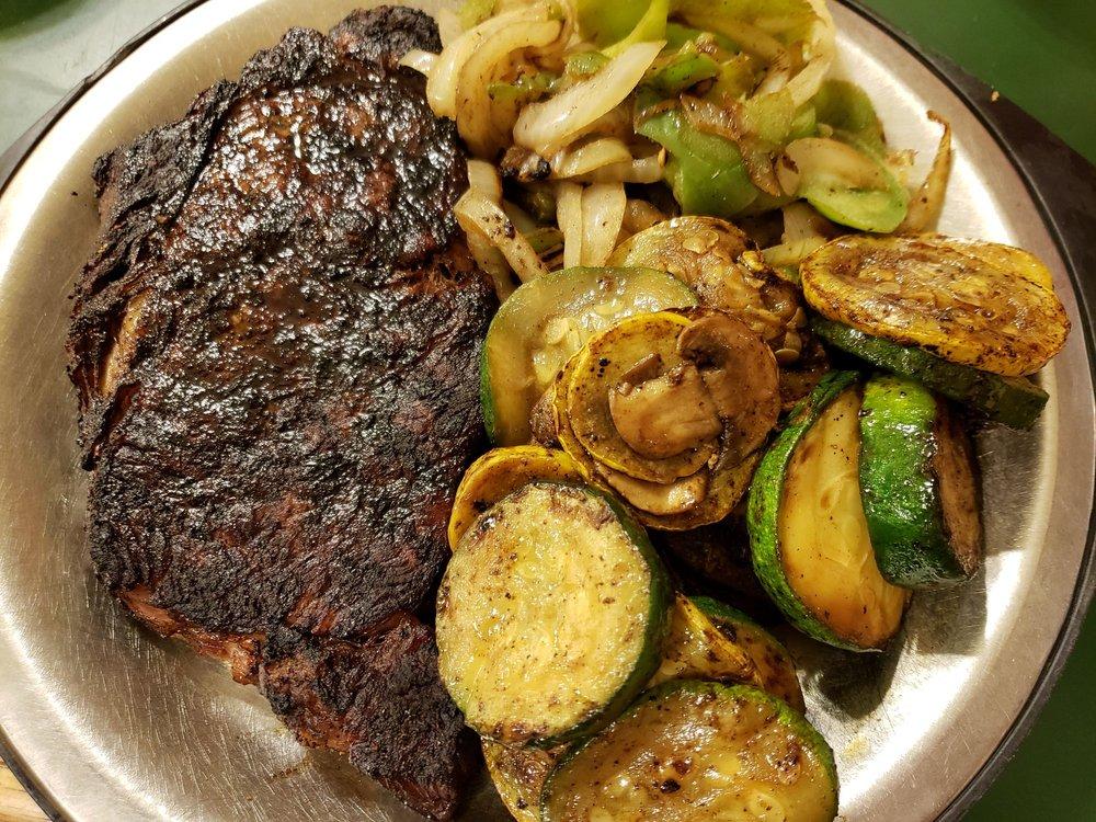 Western Sizzlin Steak House: 1468 Hwy 65 S, Clinton, AR