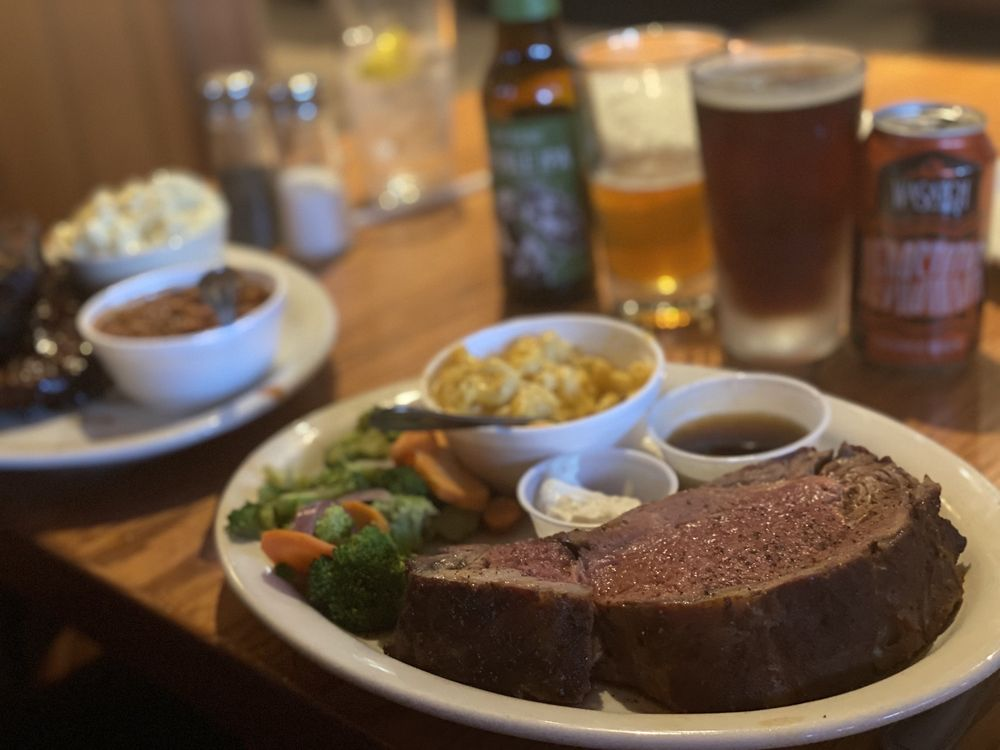 Goodwood Barbecue Company: 4237 S Riverdale Rd, Riverdale, UT