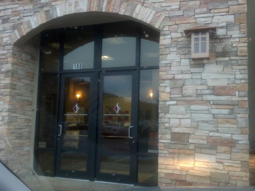 Chiropractic Spine Associates: 2510 NW Edenbower Blvd, Roseburg, OR