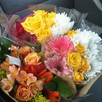 Whole Foods Market San Antonio Tx United States Best Place For Flowers 3 Bunches