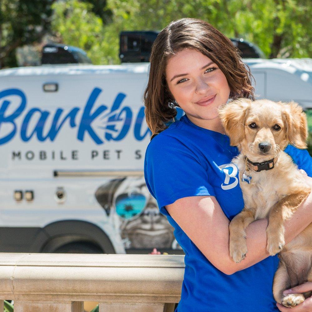 Barkbus Mobile Dog Grooming: Calabasas, CA