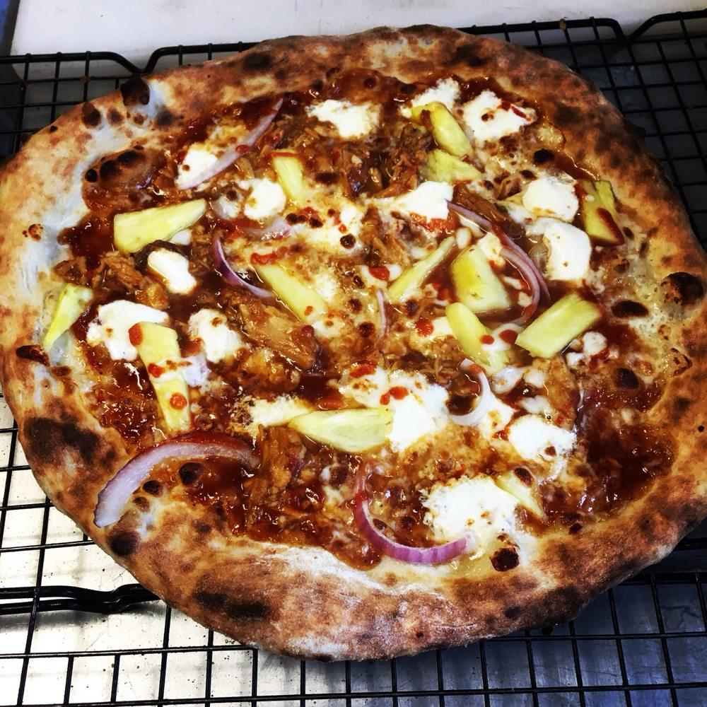 Sourdough Pizza Company: Lynchburg, VA