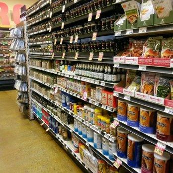 Lucky s market 143 photos 90 reviews supermarkets for Fish market louisville