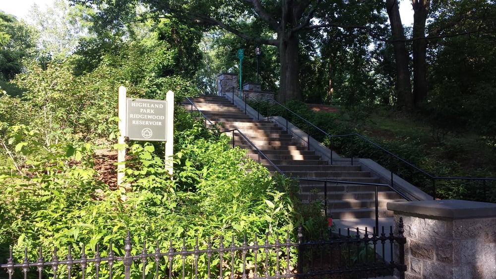 Ridgewood Reservoir: West Of Cypress Hills St/South Of Jackie Robinson Pkwy, New York, NY