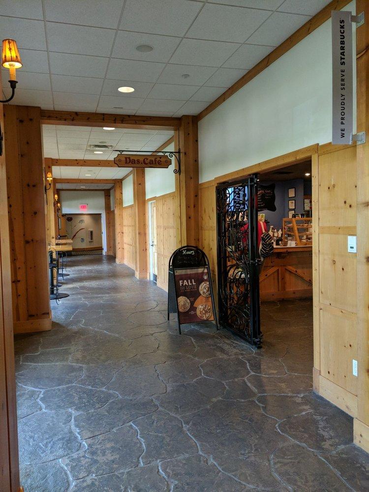 Das Cafe: 1 Boyne Mountain Rd, Boyne Falls, MI