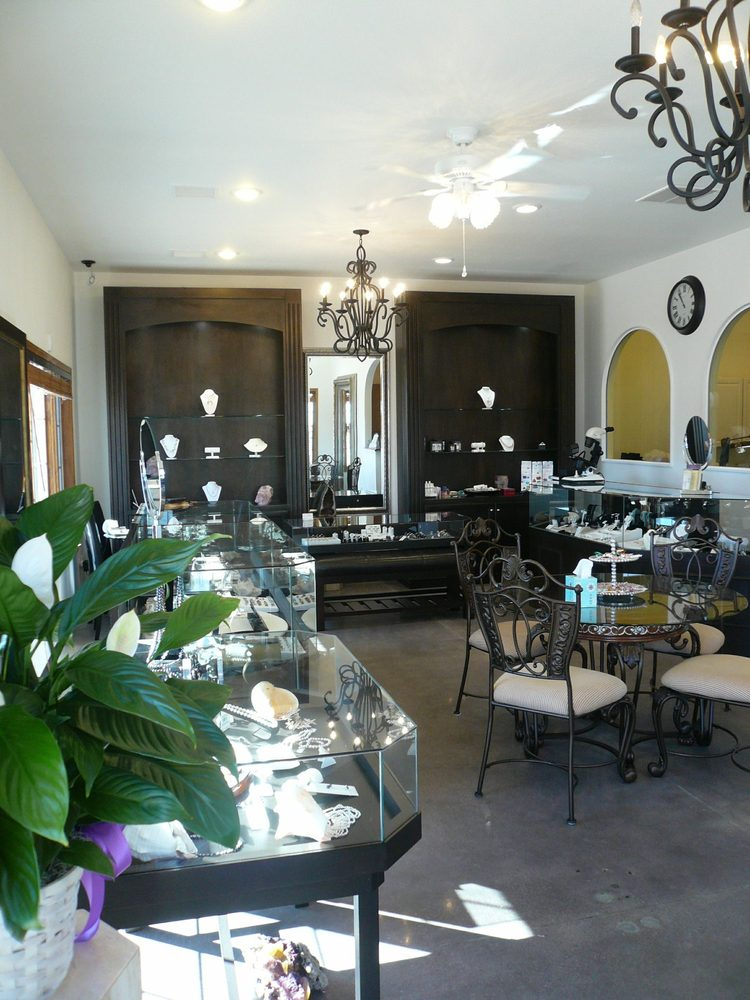 Gemstone Jewelers: 1033 N Rock Rd, Derby, KS