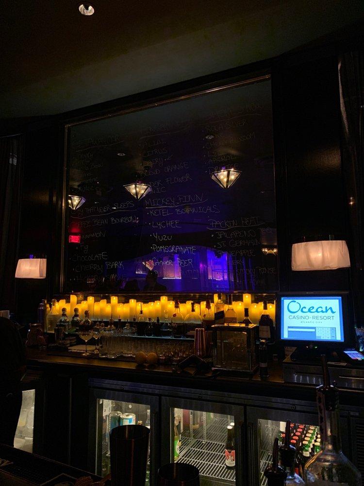 1927 Lounge & Speakeasy
