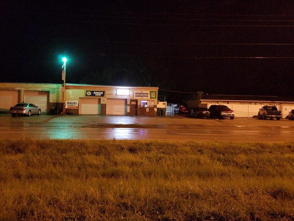 A & B Auto Repairs & Tires: 4322 Duncan Rd, Punta Gorda, FL