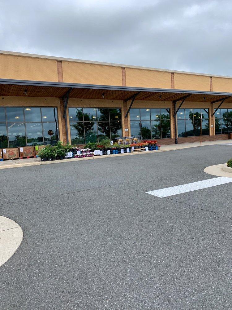 Whole Foods Market: 19800 Belmont Chase Dr, Ashburn, VA