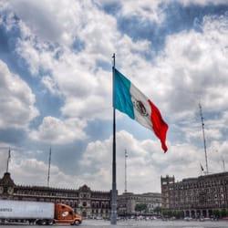 Mexico city trip lista escrita por valerie w for Sanborns azulejos eventos