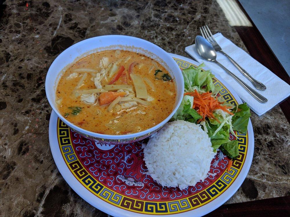 1-2-3 Thai Food: 2219 E Sims Way, Port Townsend, WA