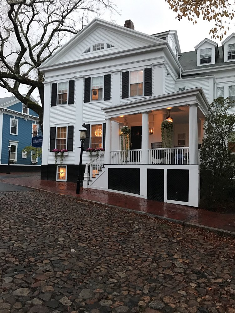 Roberts Guest House: 11 India St, Nantucket, MA