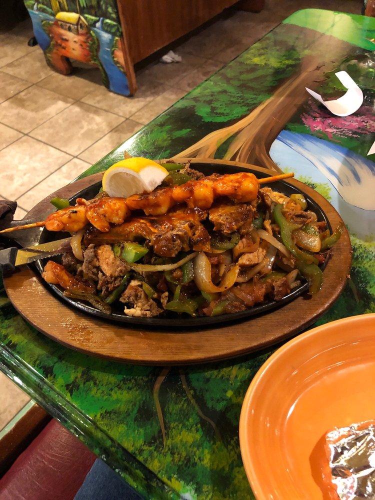 El Jaripeo Mexican Restaurant: 1821 E Main St, Little Chute, WI