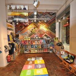 24b18fdca4 Lomography - 57 fotos y 13 reseñas - Tiendas y servicios ...