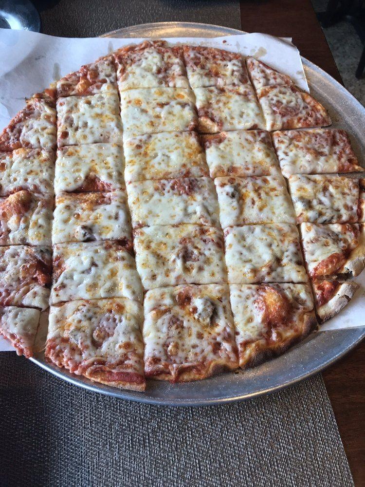 Food from Tony's La Pizzeria