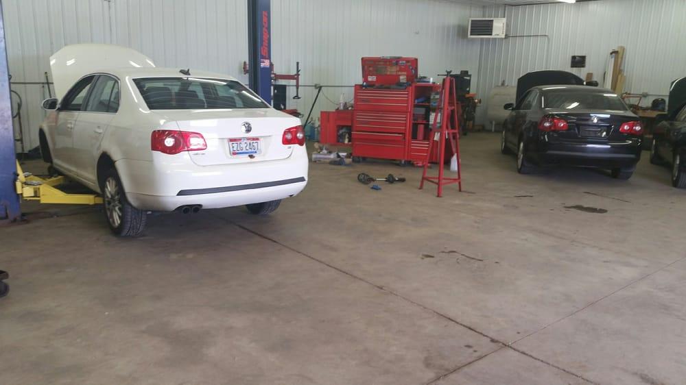 Industrial Park Automotive: 1121 Wales Dr, Hartville, OH