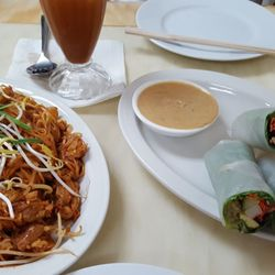 asian review cafe lemongrass