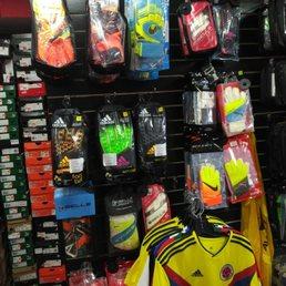 The Futbol Factory Store - 30 Mga Larawan - Soccer - 3115 Dufferin ... c03f5968cdc83