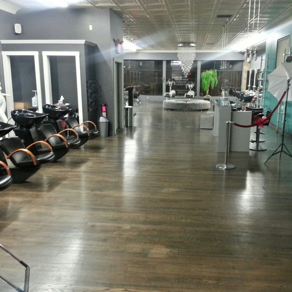 Posh international salon blow dry out services 21 w for Salon international