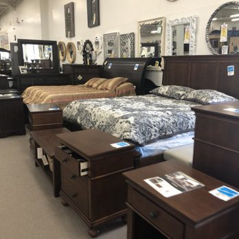 Heavner Furniture Market 46 Photos 46 Reviews Furniture Stores