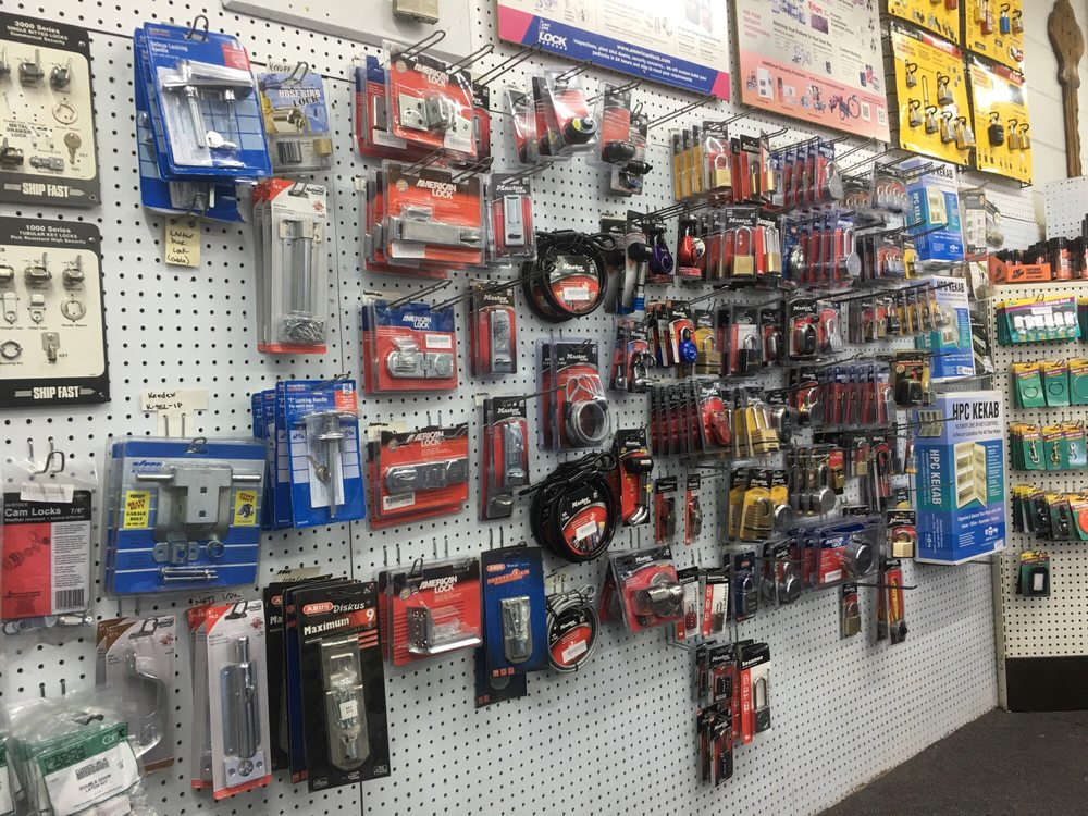 Lynn's Locksmith Service: 1380 E Main St, El Cajon, CA