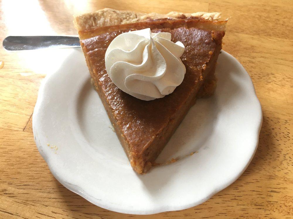 My Just Desserts: 31 E Broadway, Alton, IL