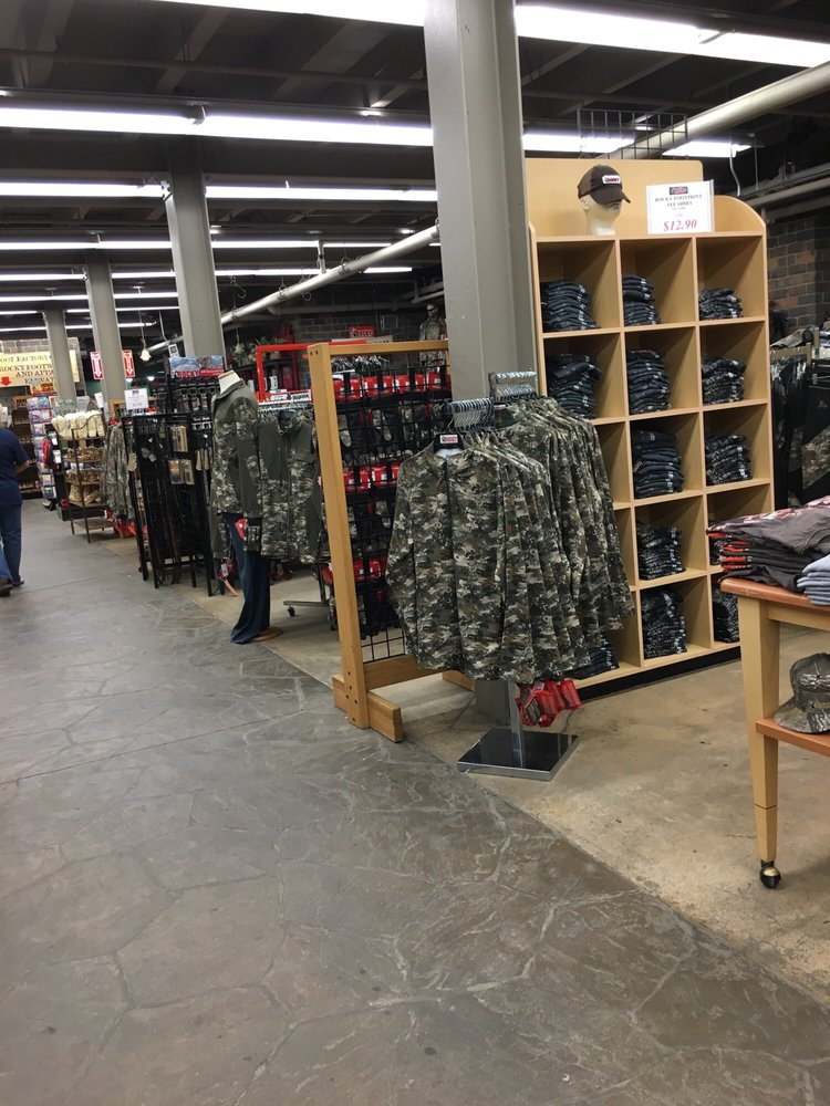 Rocky Shoes & Boots - 12 Reviews - Shoe Stores - 41 E Canal St ...