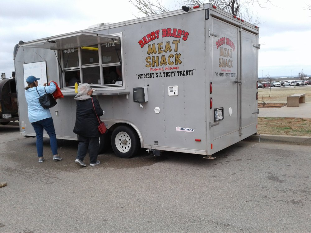 Daddy Brad's Meat Shack: 1713 Washington Ave E, Piedmont, OK