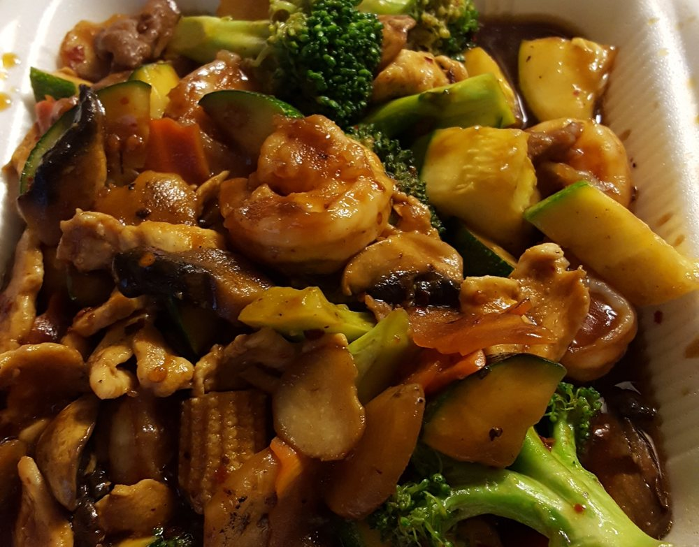 Happy Dragon Chinese Cuisine: 4002 S Cedar St, Pecos, TX