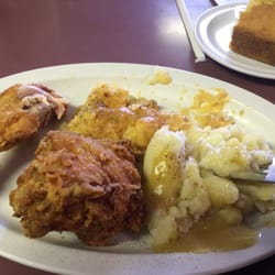 Skooters Family Restaurant 13 Reviews Diners 1602 E State St
