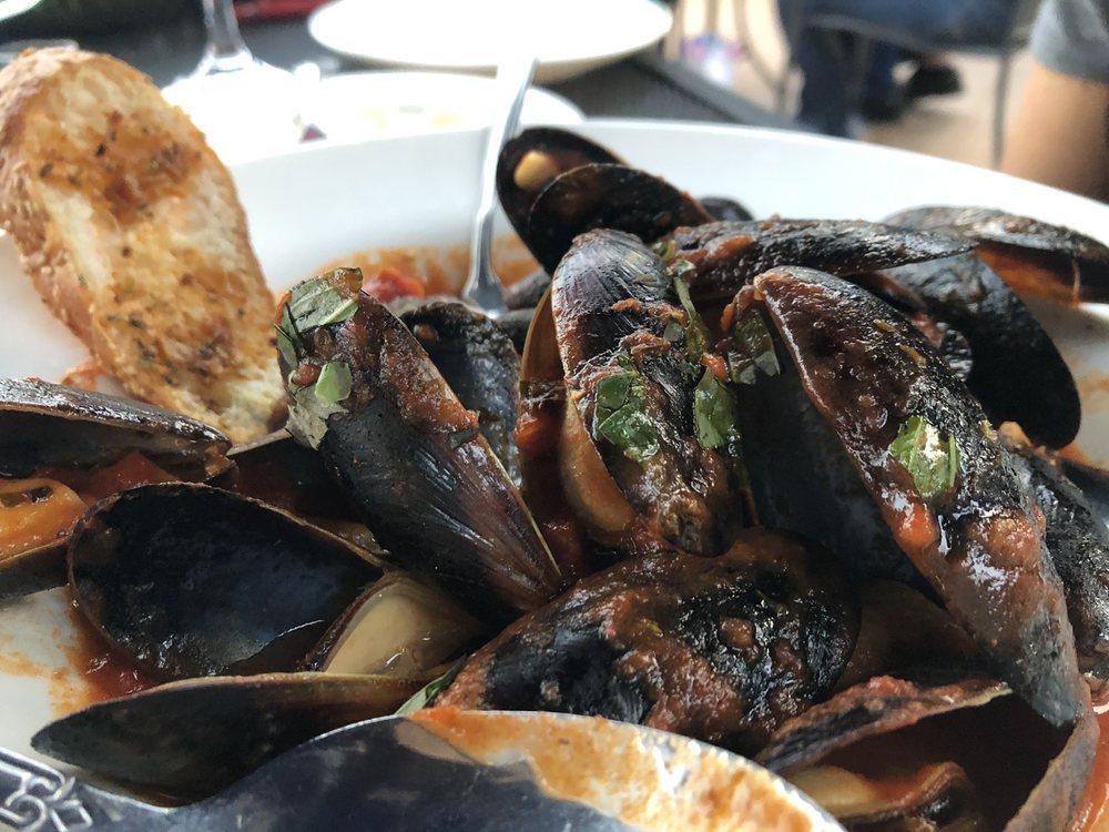 Pavinci Italian Grill: 453 River Styx Rd, Hopatcong, NJ