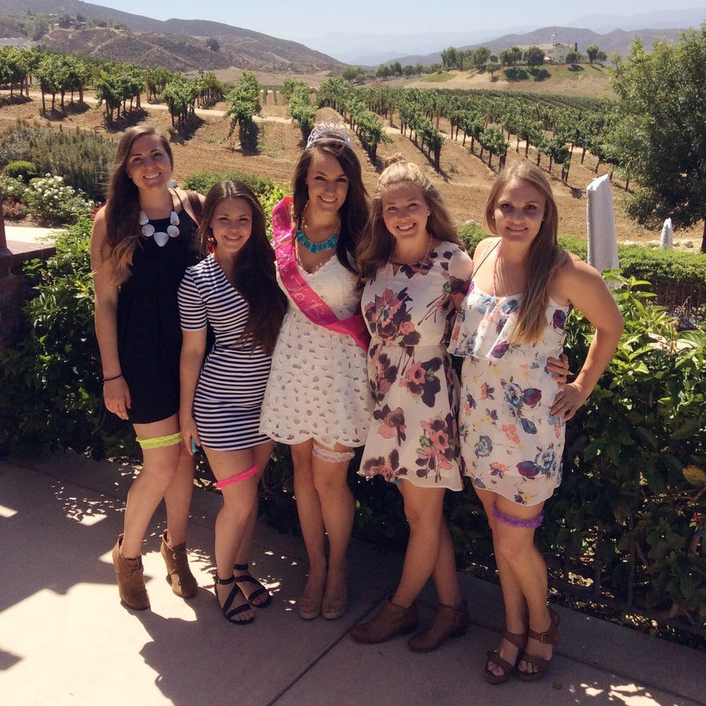 A Vineyard Tour of Temecula with Aall In Limo & Party Bus