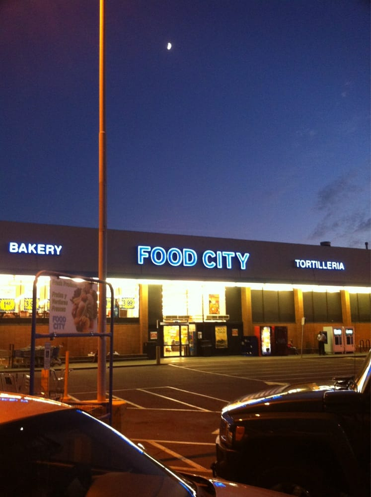 Food City - CLOSED - Grocery - 3131 E Indian School Rd ...