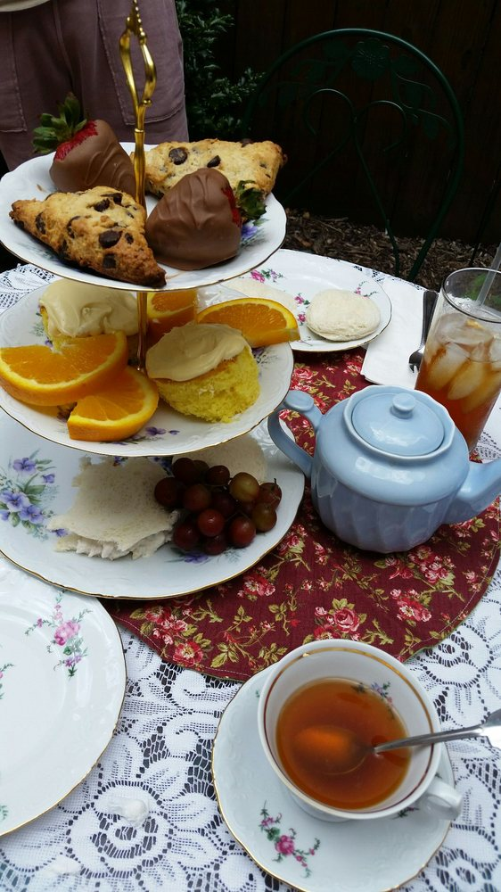 Everything Tea: 126 E Pitt St, Bedford, PA